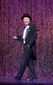 "Tony Sheldon in ""The Band Wagon"" (photo: Joan Marcus)"